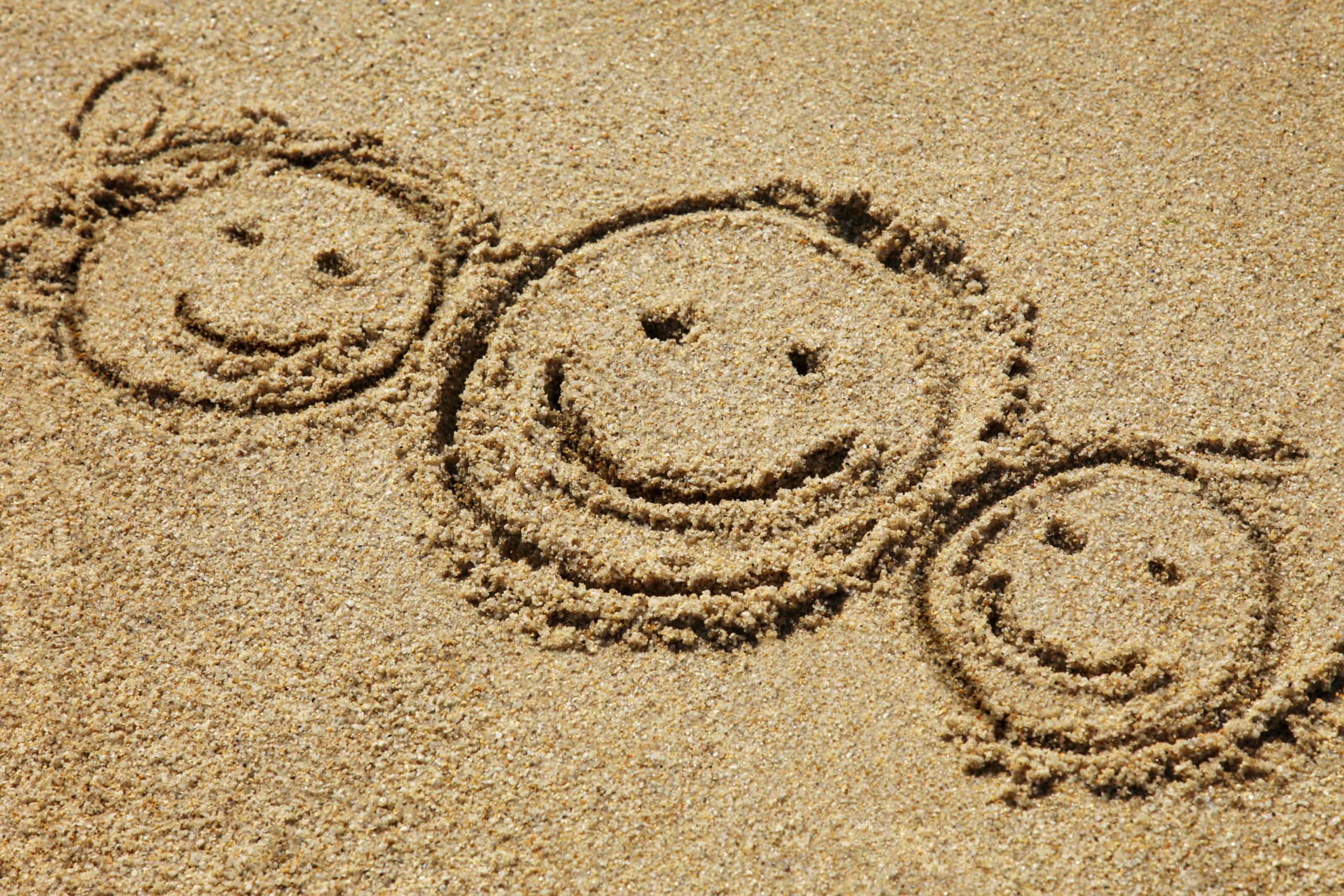 Hilfen zur Erziehung - Sandgesichter